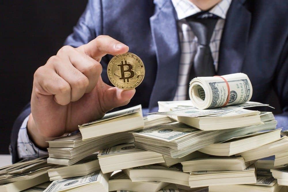 bitcoin commerciale per soldi veri